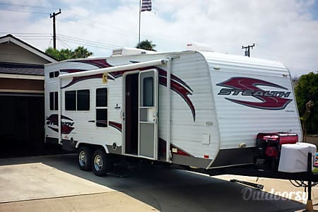 02011 Forest River Stealth 22ft. Toy Hauler  Long Beach, CA