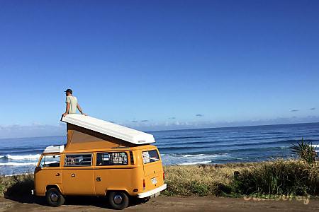 0Beach, Love & Camping  Waialua, HI