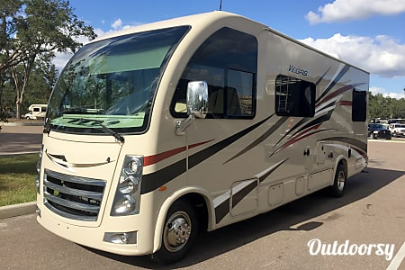 "02018 Thor Motor Coach Vegas     ""THE BEAST""  Naples, FL"