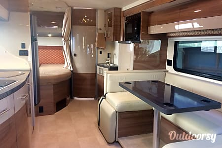 02016 Winnebago View  Costa Mesa, CA