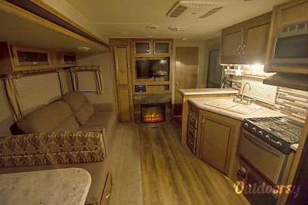 02016 Coachmen Catalina  Livingston, MT