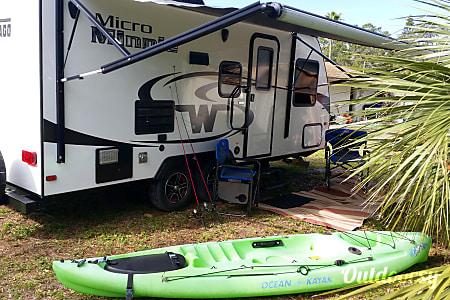 02016 Winnebago Micro Minnie  Bradenton, FL
