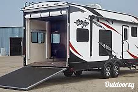 02017 Cruiser Rv Corp Stryker  Golden, CO