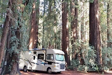 "0""The Bunkhouse"" Thor Motor Coach A.C.E 30.2 Sleeps 8 to 10  Fountain Valley, CA"