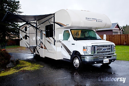 02017 Thor Motor Coach Freedom Elite  Battle Ground, WA
