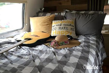 01973 Airstream Safari  Hudson, FL