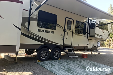 02016 Jayco Eagle FLQS 339  West Yellowstone, MT
