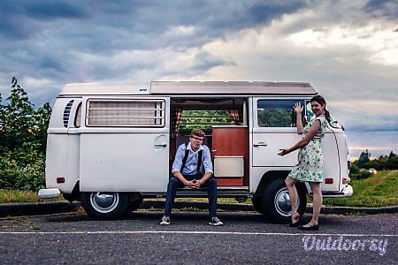 0Peace Vans Rental Vintage #1: 1970 Volkswagen Bus Camper but sleeps 2  Seattle, WA