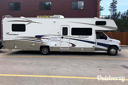 02004 Coachmen Freelander  Franklin, WI