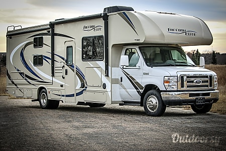 02018 Thor Motor Coach Freedom Elite  Ashland, NE