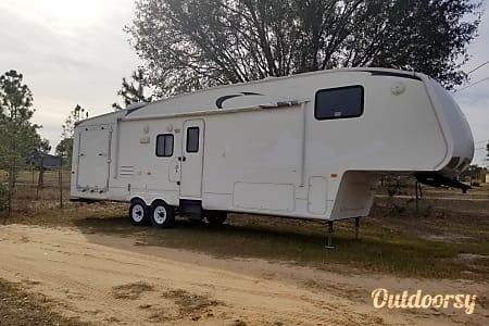 02010 Keystone Cougar  Davenport, FL