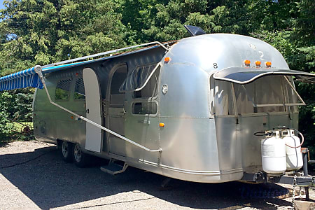 01969 Airstream Land Yacht  Orangeville, ON