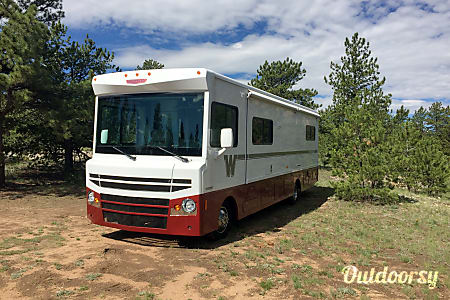 0Skye - 2016 Winnebago Brave  Elizabeth, CO