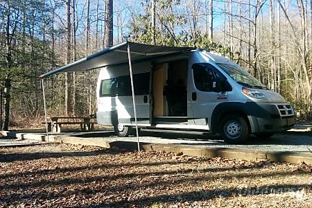 0SUMPVEE v4 promaster camper van 6psg  Mills River, NC