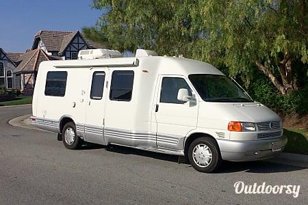 0Winnebago Rialta - 18 MPG guaranteed!  Anaheim, CA