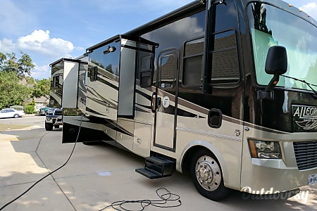 02011 Tiffin Allegro Open Road with a Super Easy Ride suspension and a must have Steer Safe.  San Antonio, TX