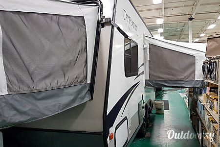 02015 Jayco Jay Feather Ultra Lite  Ottawa, ON