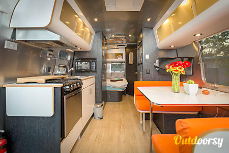 02006 Airstream International  Sunnyvale, CA