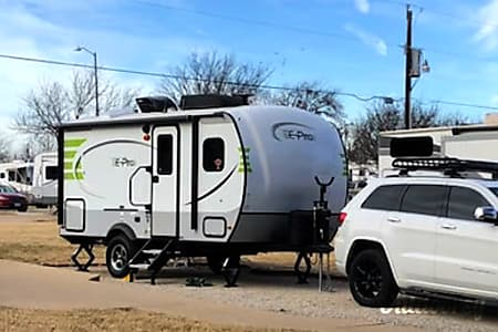 0Th(E-Pro): Lightweight, easy to tow and setup awesomely equipped camper!  Fort Worth, TX