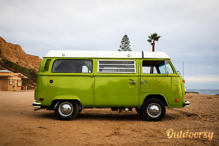01977 Volkswagen Westfalia  Santa Barbara, CA