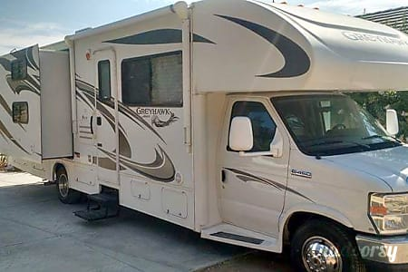0ULTRA CLEAN RV!!!....BOOK YOUR 2018 DATES BEFORE THEY ARE GONE.....FOR A LIMITED TIME BOOK 6 NIGHT$ & GET THE 7th FREE......ASK ABOUT OUR LONG TERM RATE$.....GET ADDITIONAL MILES FREE......ASK ABOUT OUR DELIVERY OPTIONS.....TEXT US!!! (951) 377-4603  Murrieta, CA