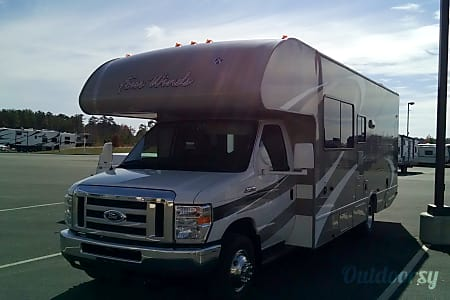 02016 Thor Motor Coach Four Winds  Powhatan, VA