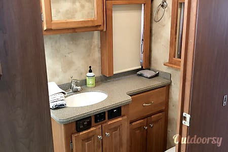 02010 Tiffin Motorhomes Allegro Red  St. George, UT