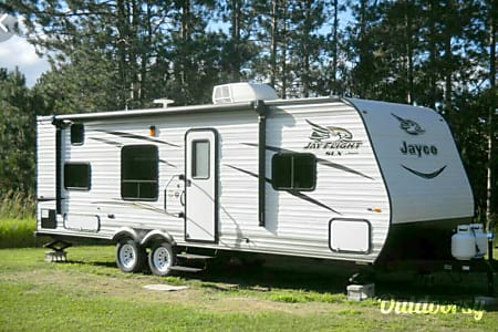 02017 Jayco Jay Feather Ultra Lite  Gainesville, GA