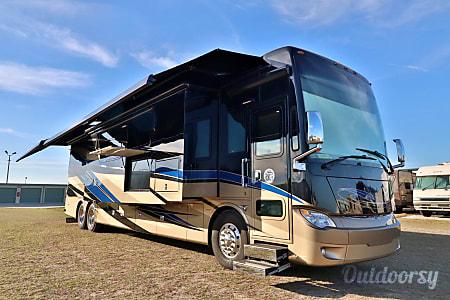 045' Tiffin Allegro Bus - Luxury Diesel  Riverview, FL