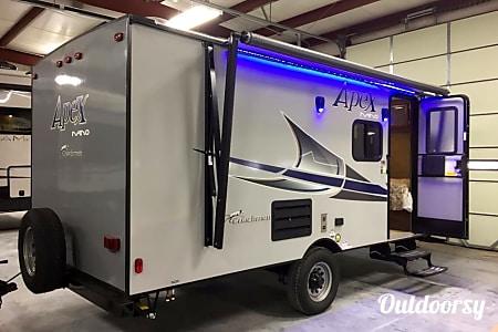 02017 Coachmen Apex: Glamp in style!  Martinez, CA