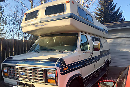 01988 Ford  Econoline 250.  Idaho Falls, ID