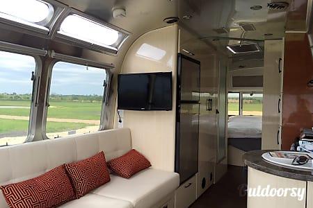 02016 Airstream International serenity  Brenham, TX
