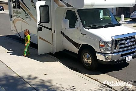 02015 Thor Motor Coach Four Winds  Murrieta, CA