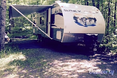02012 Forest River Cherokee Grey Wolf 28BH  Duluth, MN