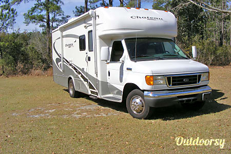 02006 Thor Motor Coach Chateau Citation  Baker, FL