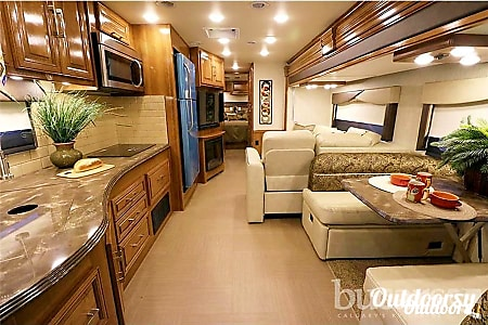 02018 Coachmen PURSUIT  San Diego, CA