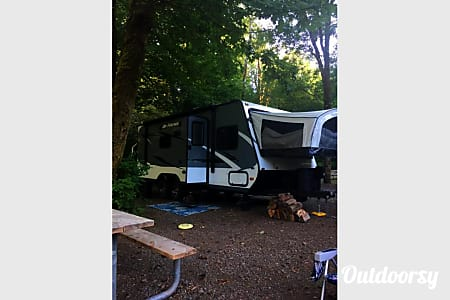 02016 Jayco Jay Feather X23B...Biggest little trailer  Tacoma, WA