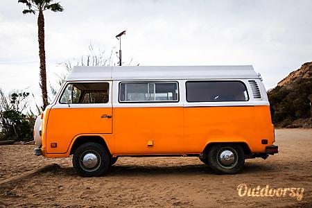 01975 Volkswagen Riviera  Santa Barbara, CA