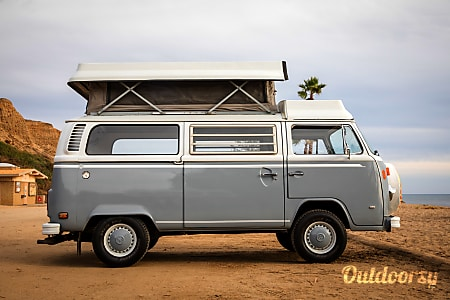 01973 Volkswagen Riviera  Santa Barbara, CA