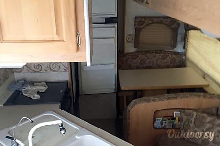 02006 Thor Motor Coach Jazz  Las Vegas, NV