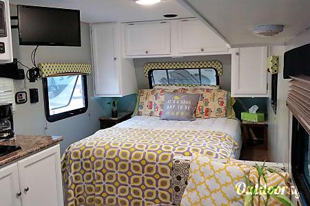 02017 Coachmen Clipper  La Mesa, CA
