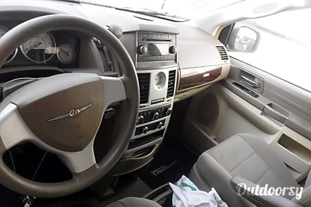 02010 Chrysler Town & Country jucy  Dillsburg, PA
