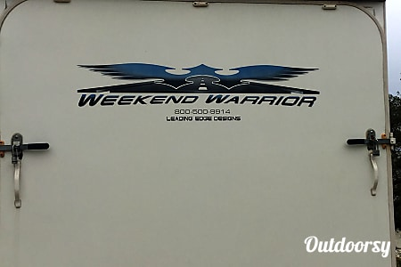 02007 Weekend Warrior Le3305  Tehachapi, CA