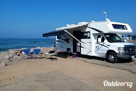 02011 Fleetwood Coachman  Oxnard, CA