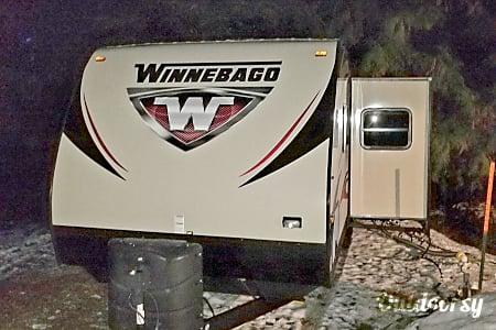 02016 Winnebago Ultralite  Bremerton, WA