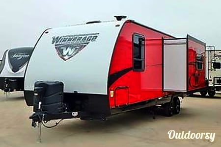 02014 Red Winnebago Minnie  Placerville, CA