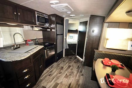 0Adventures await! 2018 Sundance Travel trailer  Nampa, ID