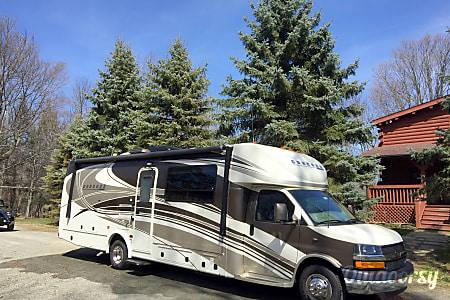 02013 Coachmen Concord 300TS  Montrose, PA