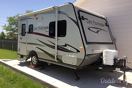 02013 Jayco Jay Feather Ultra Lite  Ankeny, IA