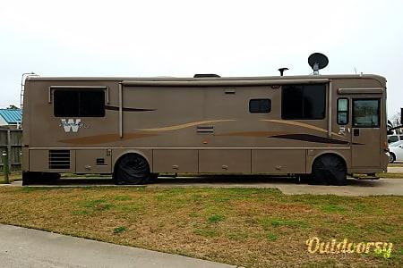 02007 Winnebago Journey  Santa Rosa, TX
